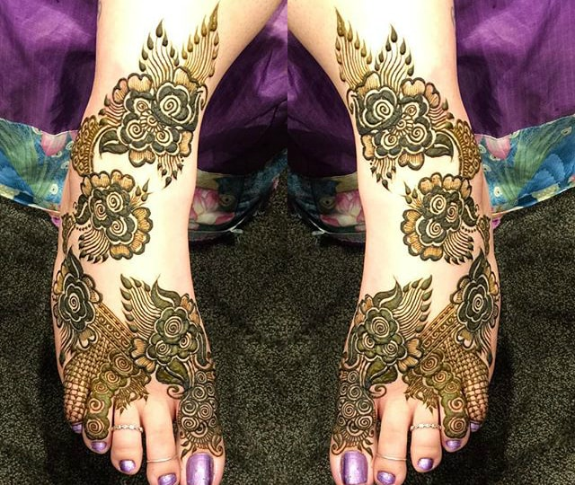 trending-henna-designs-for-feet-beautiful-floral-heena-design-for-feet