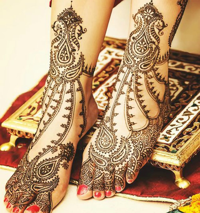 trending-henna-designs-for-feet-bridal-trending-heena-design-for-feet