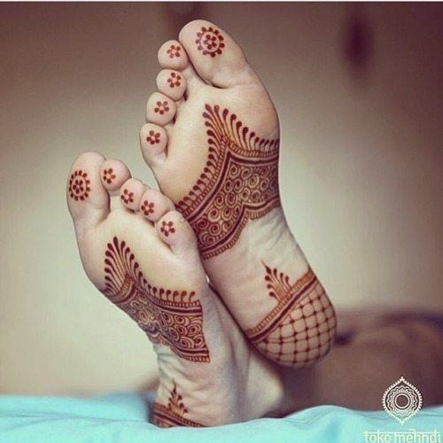 trending-henna-designs-for-feet-heena-for-soles