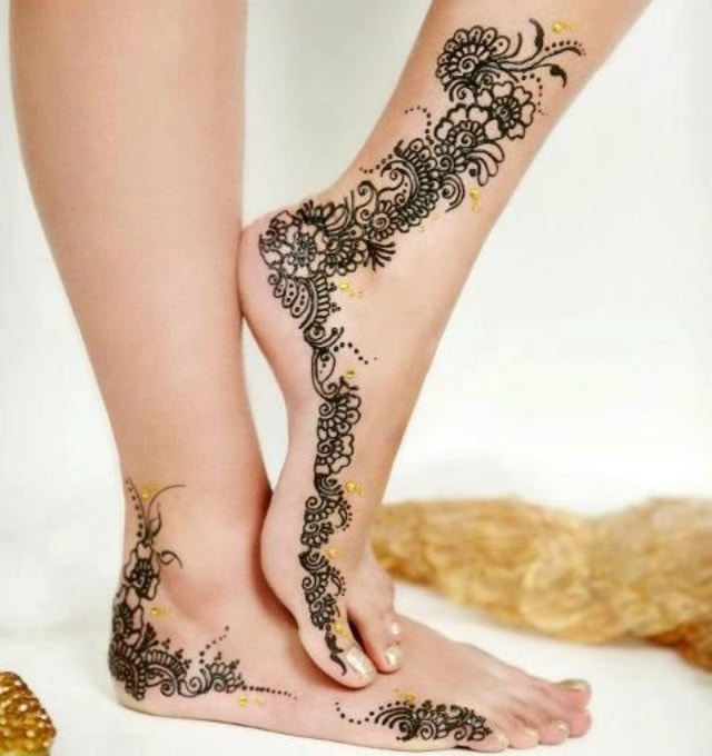 trending-henna-designs-for-feet-trending-bridal-mehendi-design-for-sides-of-feet-2