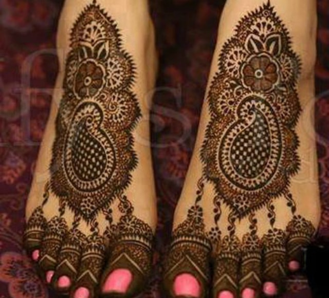 trending-henna-designs-for-feet-trending-indian-bridal-mehendi-design-for-feet