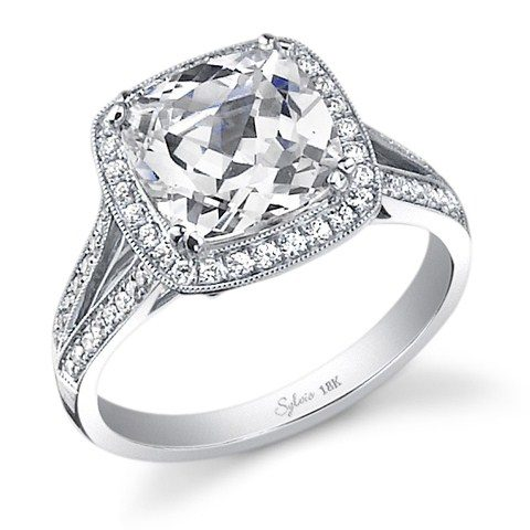 best-engagement-rings-for-brides-cushion-cut-diamond-ring-1