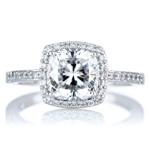 best-engagement-rings-for-brides-cushion-cut-diamond-ring-2