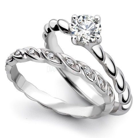 best-engagment-rings-for-brides-stacked-bands-diamond-ring-2