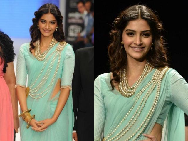 best-ethnic-looks-of-sonam-kapoor-sonam-kapoor-in-green-saree