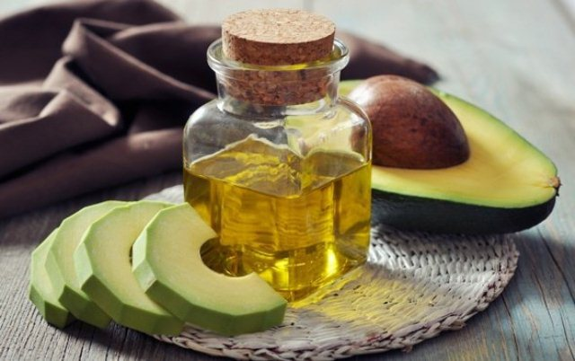 best-hair-oil-for-hair-growth-avocado-oil